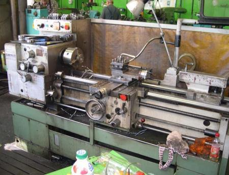 Lathes - centre - SUI 32/1000