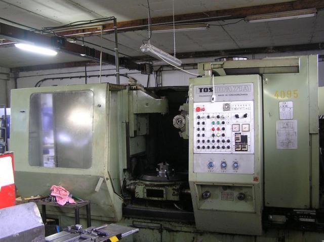 Stroje na ozubení - frézky na ozubení - OFA 71A