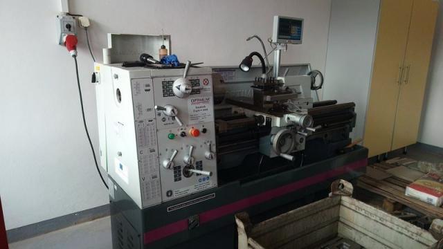 Sústruhy - hrotové - D 420x1000 DPA