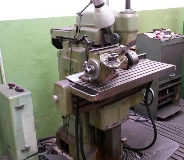 Frézky - nástrojářské - FN 25