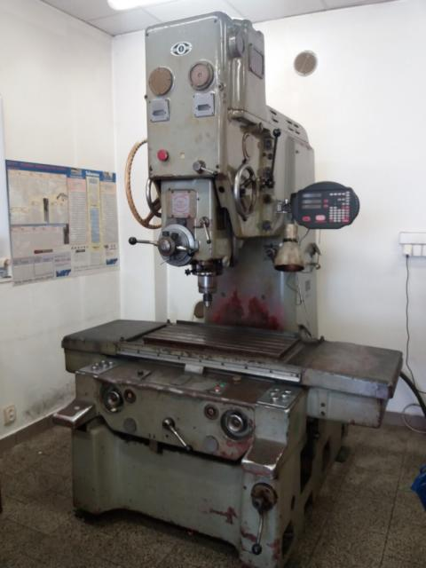 Drilling machines - coordinate - 2B 440