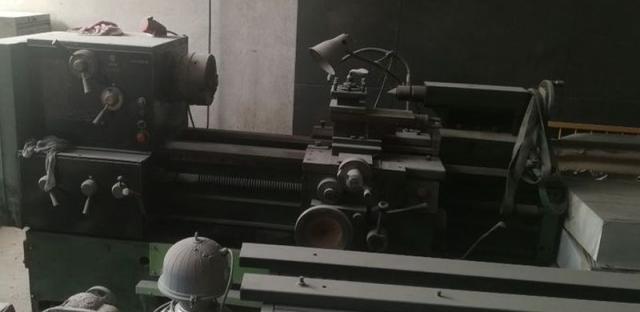 Soustruhy - hrotové - CU 580M