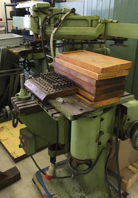 Ostatní stroje - ostatní - Gravírovací a kopírovací frézka GK-2
