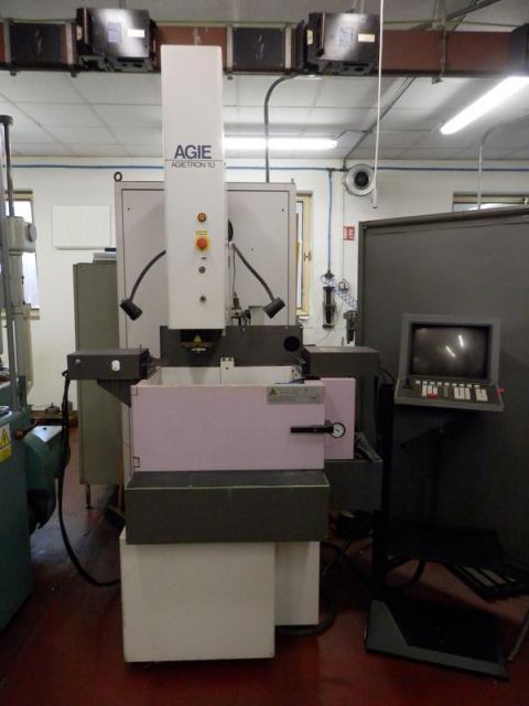 Ostatní stroje - vyjiskřovačky - Agietron AT-1U