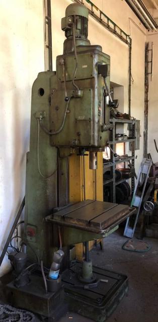 Drilling machines - peedestal - Sloupová vrtačka