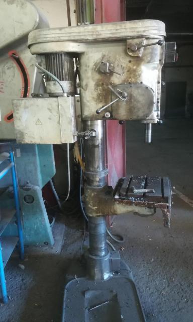 Drilling machines - peedestal - VS 32B