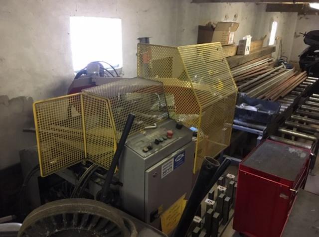 Ostatní stroje - pily - STG 250 GAE