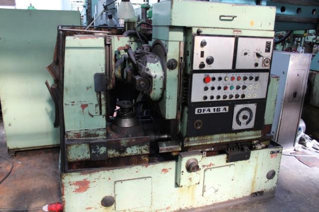 Stroje na ozubení - frézky na ozubení - OFA 16A
