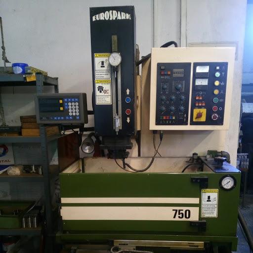 Ostatní stroje - vyjiskřovačky - EDM 750