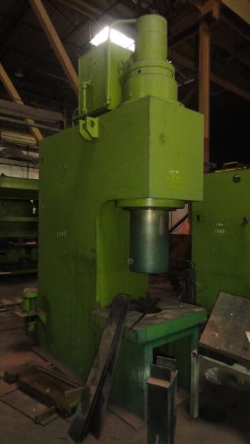 Lisy - hydraulické - PYE 250 S1