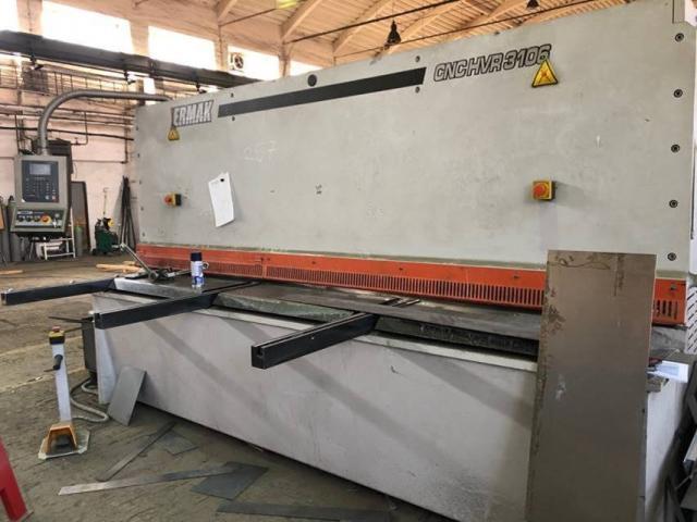 Nůžky - tabulové - HVR 3106 CNC