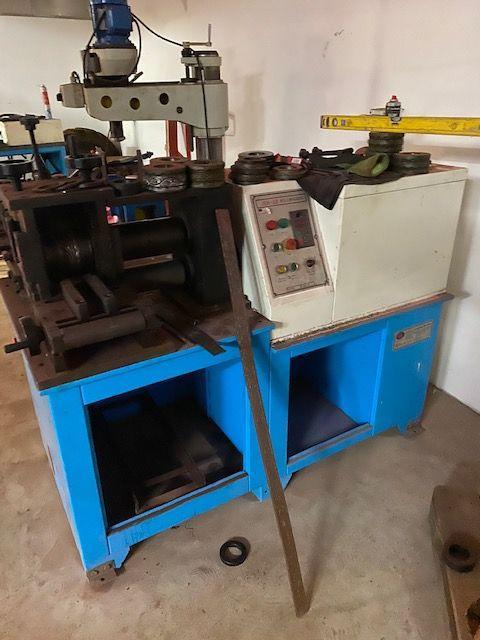 Ostatní stroje - ostatní - Stroj na hranění hran materiálu JHG 60