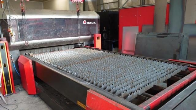 Flame cutting machines - lasers - LC 3015 X1 NT