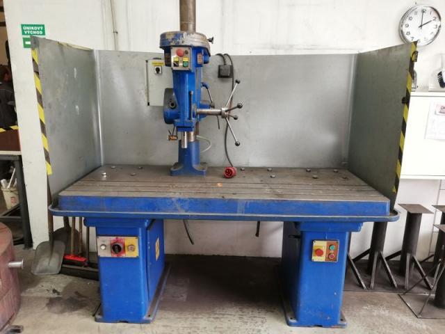 Drilling machines - peedestal - Vysokorychlostní vrtačka