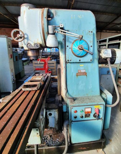 Milling machines - vertical - FA 4A