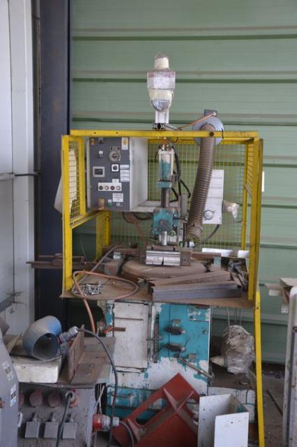 Ostatní stroje - pily - KSS 400