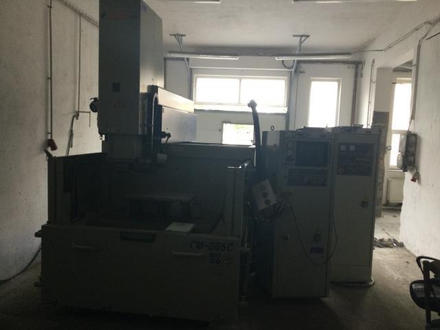 Ostatné stroje - vyiskrovačky - CM 865C