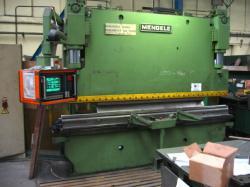 Lisy - ohraňovací - H 100/3000 CNC